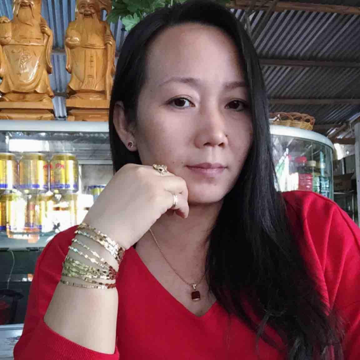 Hachi Nguyễn