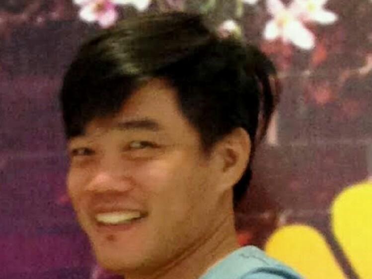 Hãy Về Đây Bên Anh - Quang Lê
